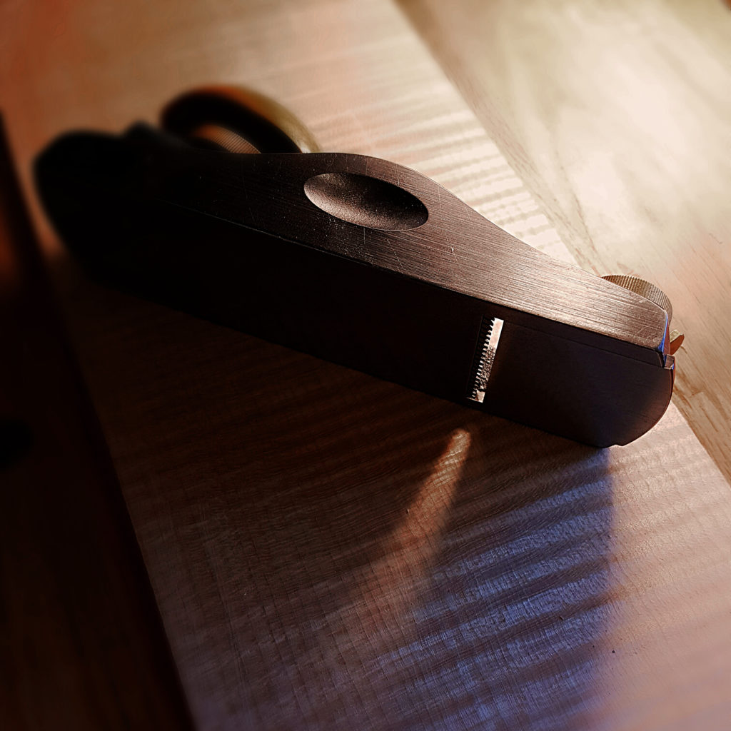 A toothed blade in a low angle block plane is a must for thicknessing these highly flamed ribs